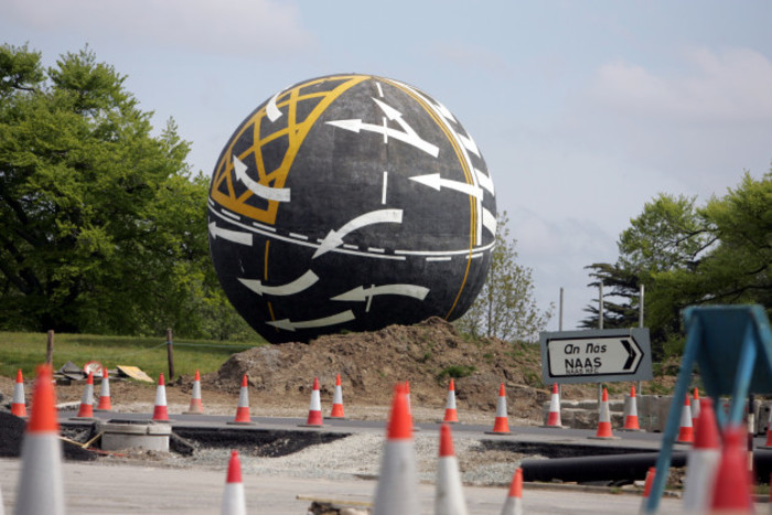 The sculpture outside Naas. 14/5/2005. Photo Photocall Ireland