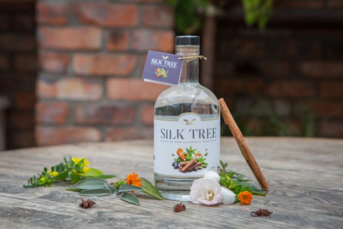 Silk Tree Cinnamon