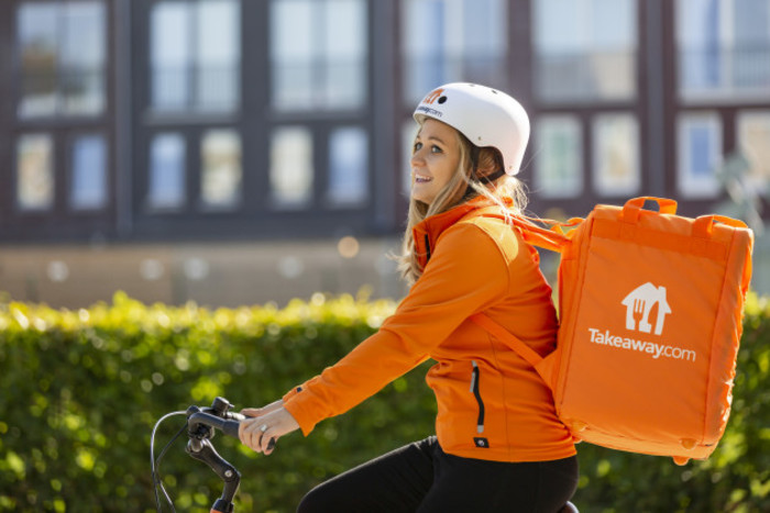 TakeawayCOM-delivery-girl.JPG